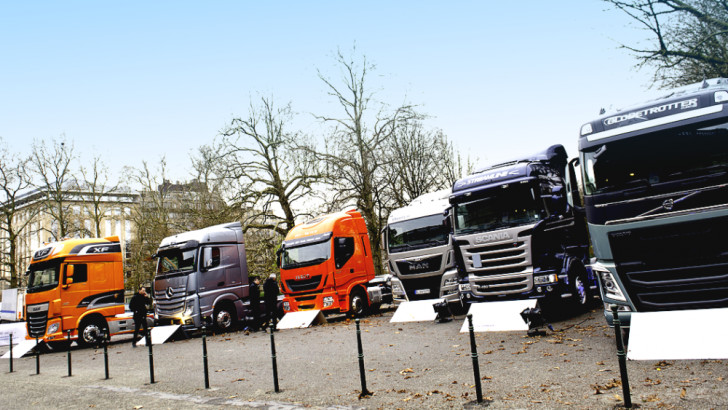 Monthly Provisional Commercial Vehicle Registrations